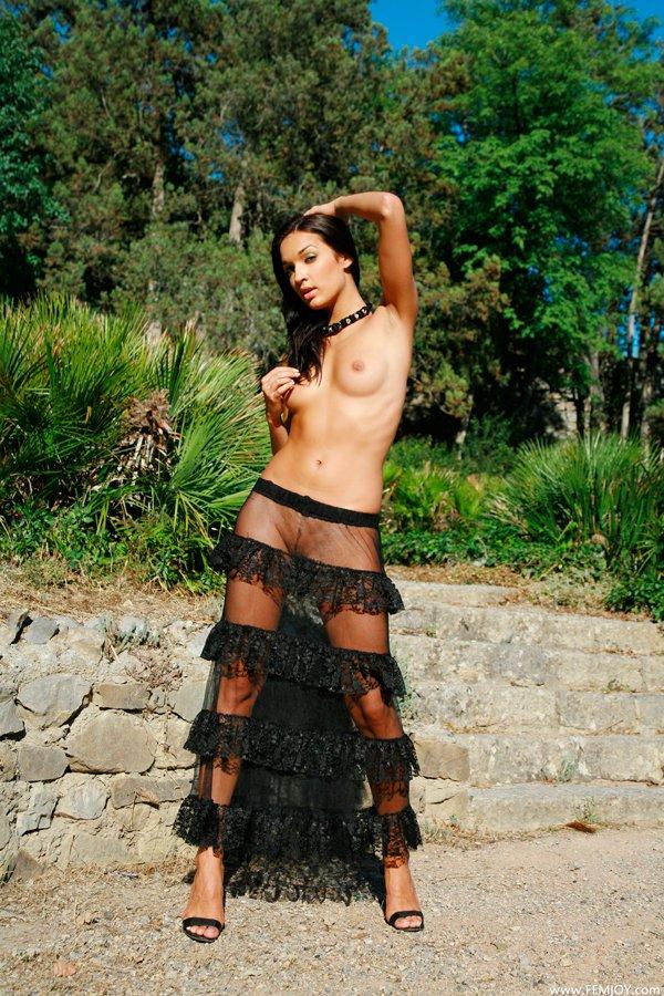 Прозрачной фото юбки в интим