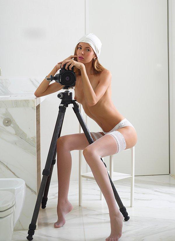 блондиночка секс картинки