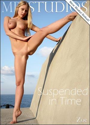 Фотосет Zoe - Suspended in Time