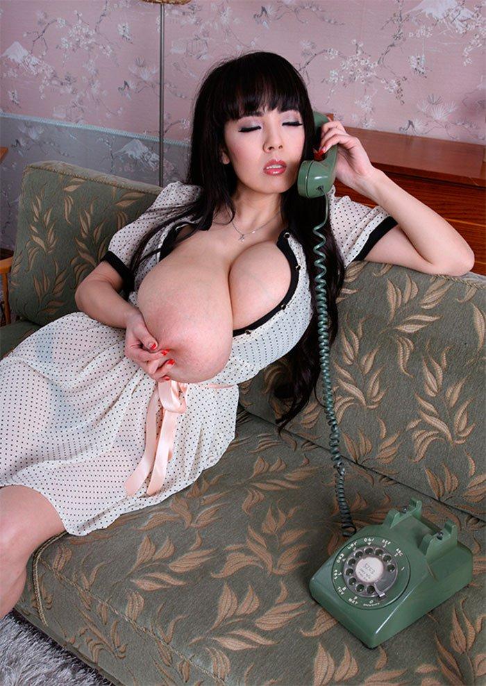 Азиатки с большой грудью и попой фото 279-684