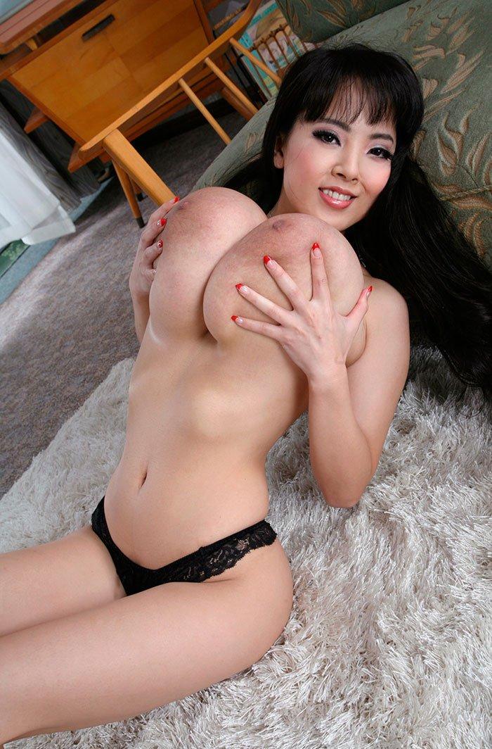 порно девушек с огромной грудью