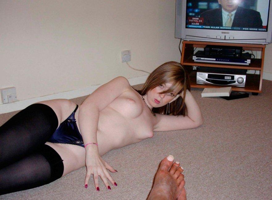 Домашние фото Молодых девушек смотреть эротику