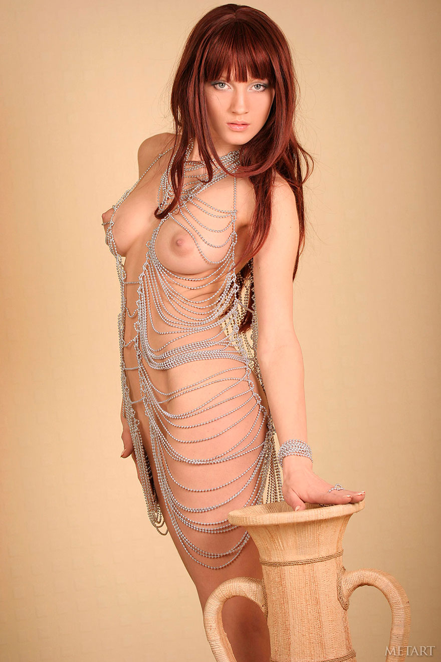 Фотки эротики красивой рыженькой девушки