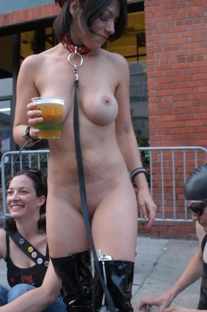 обнаженные девушки на улице фото