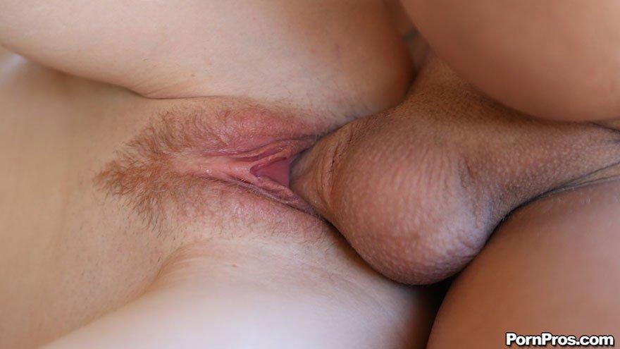 Порно фото сексуальной рыжей девицы