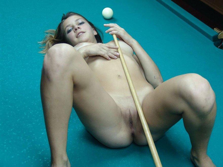 wonder woman nude titties