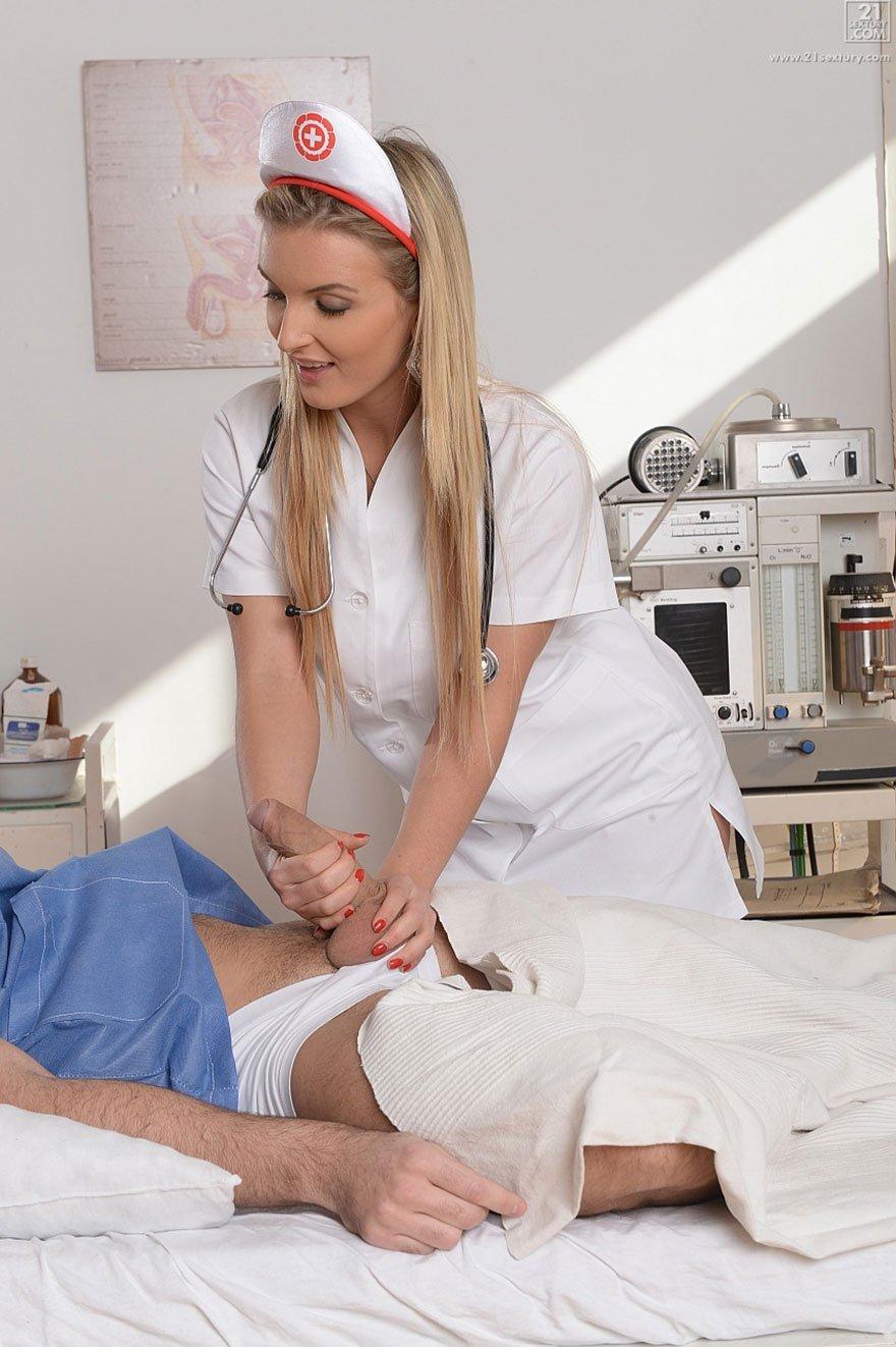 Секс з секси медсестричкой фото