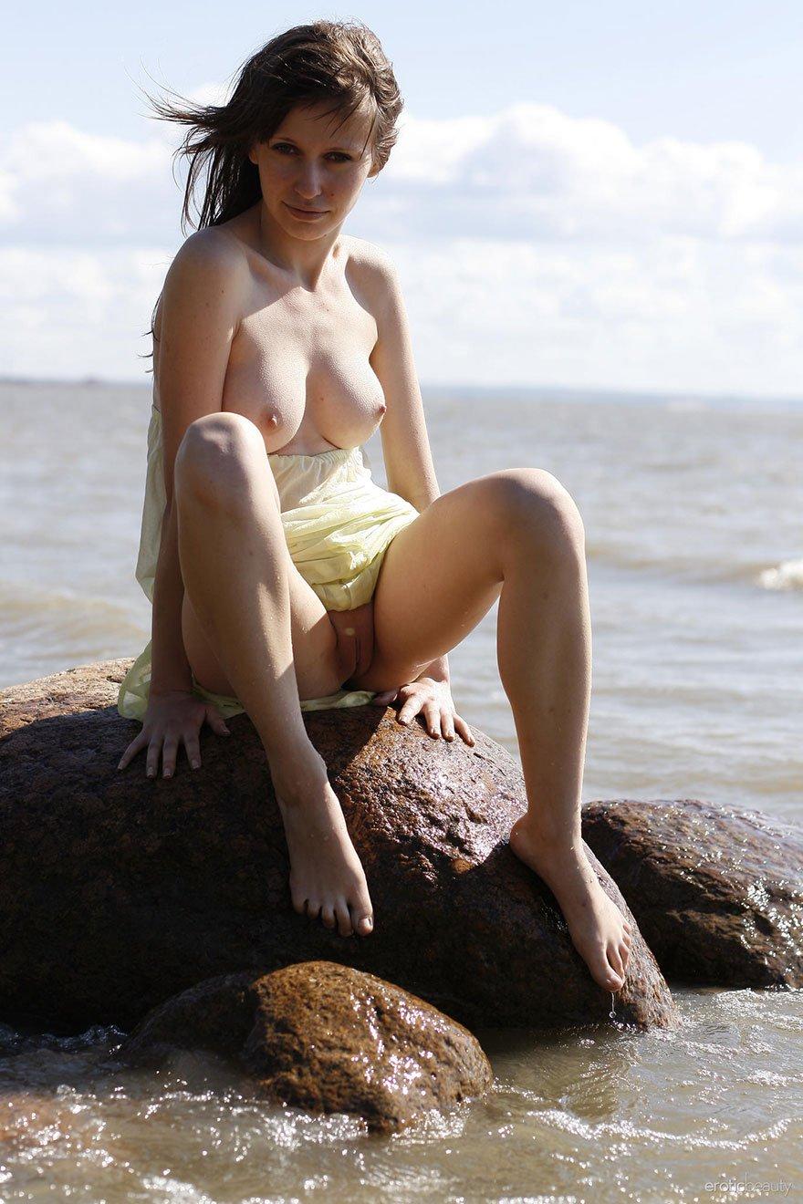 порно знакомство в большом камне