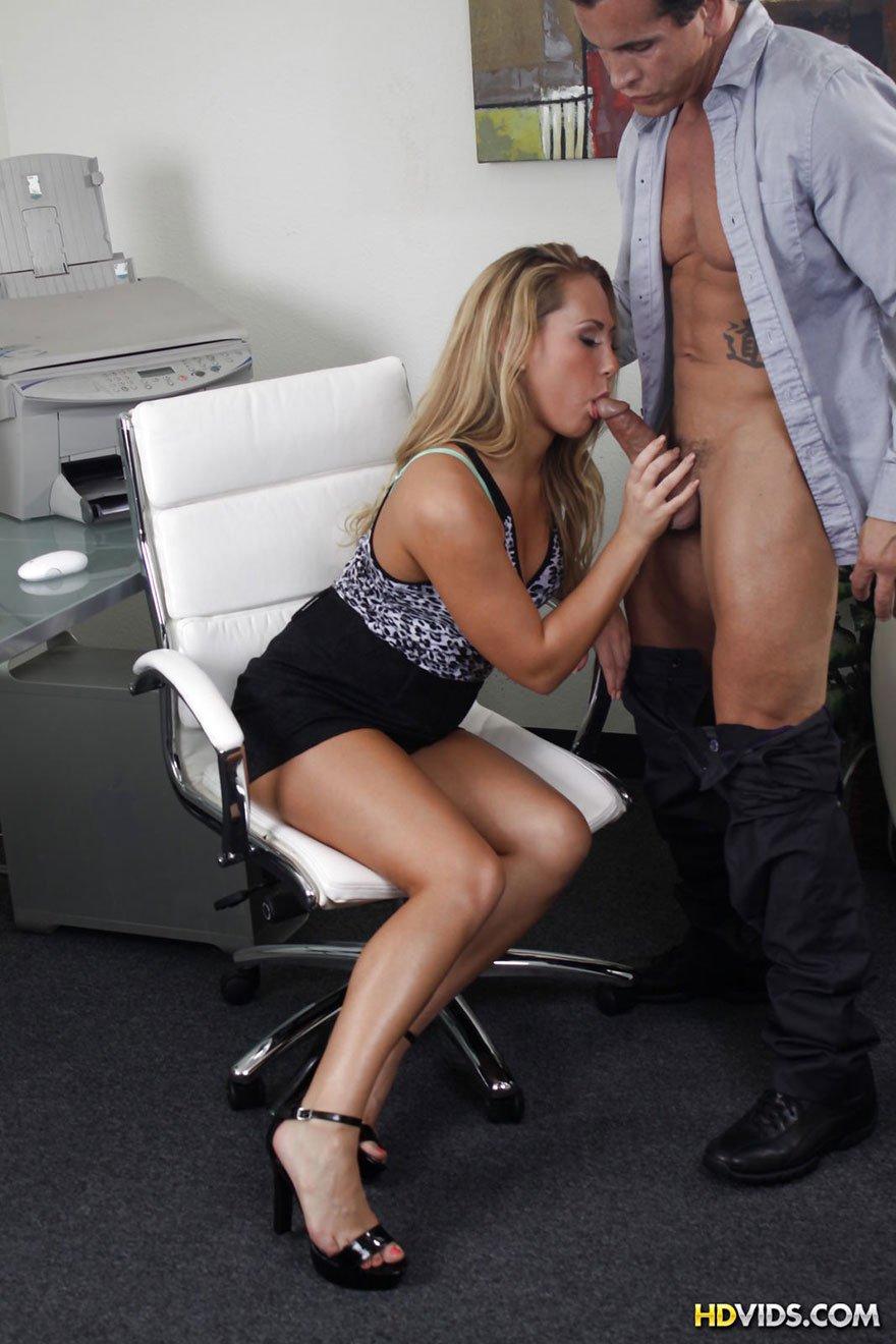 Порно с развратной
