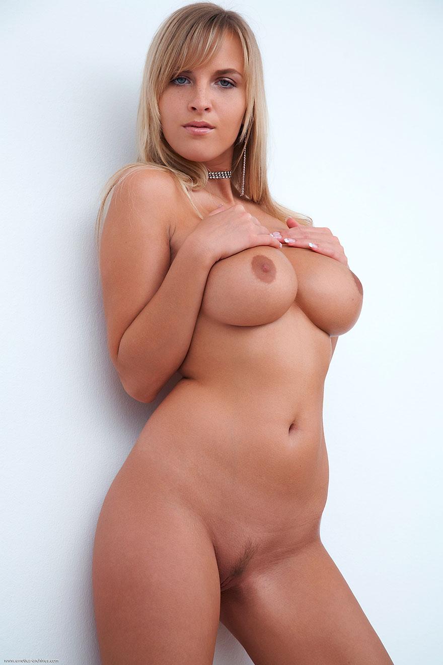 Супер голые бландинки 8 фотография