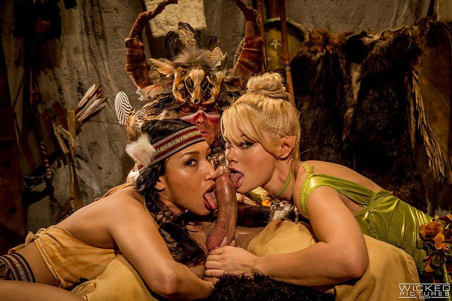 Порно в исторических кастюмах фото 297-923