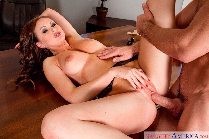 Секс в кабинет е фото 529-718