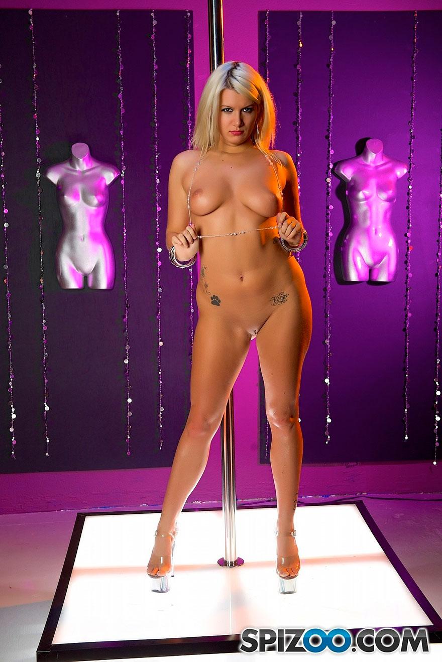 Oolgirl strippers