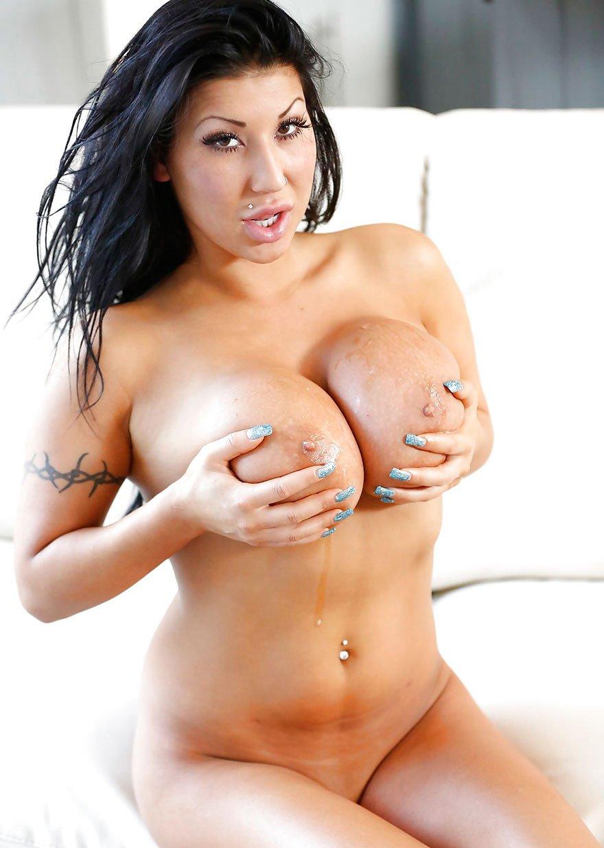 Крупные брюнеткы порно фото