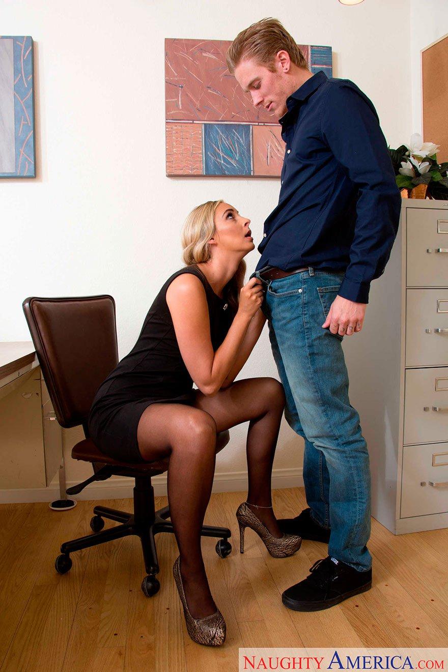 Секс с секретаршый