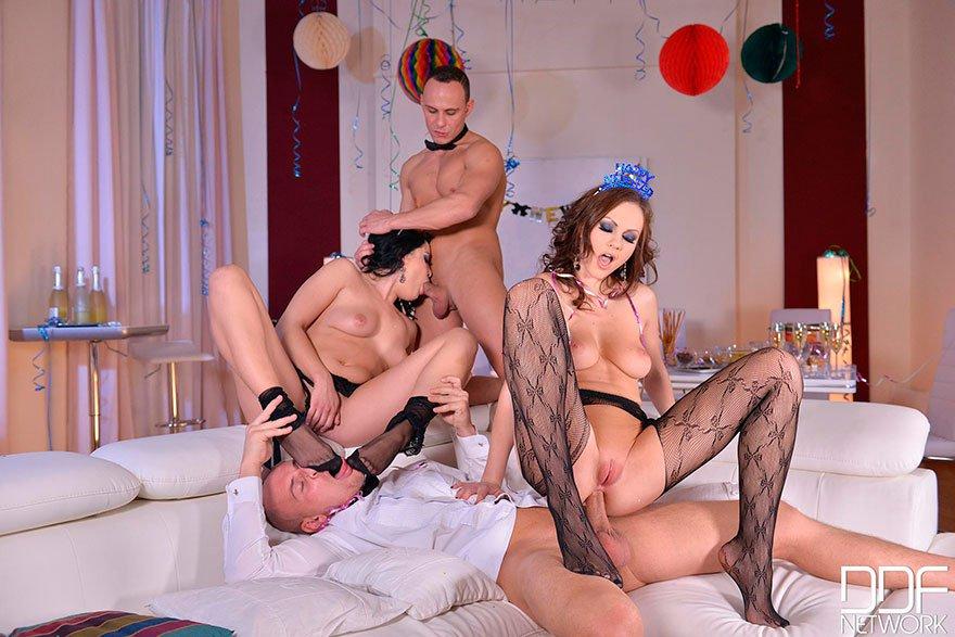 Русский новогодний секс смотреть онлайн