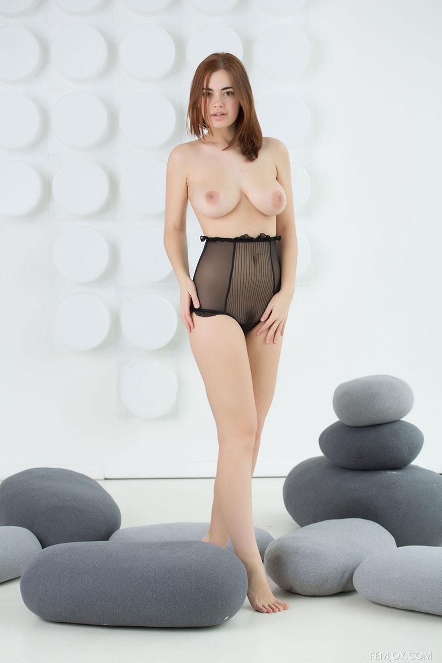 Порно с красивой молодой грудастой русской девушкой — photo 15