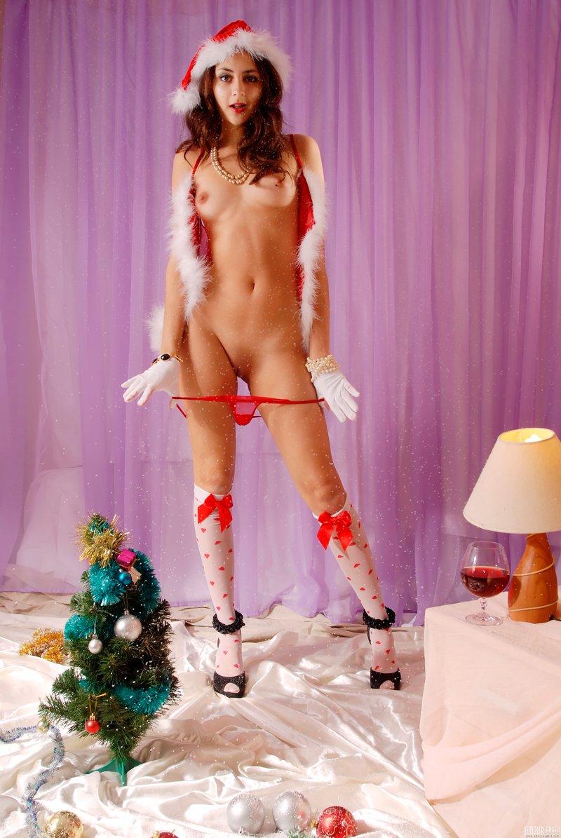 Снегурочка в красном секс фото