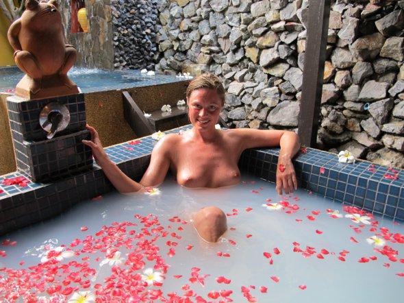 пирсинг интимных мест крупным планом фото и картинки
