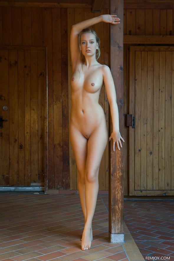 фото сексуальной нежной молоденькой школьницы