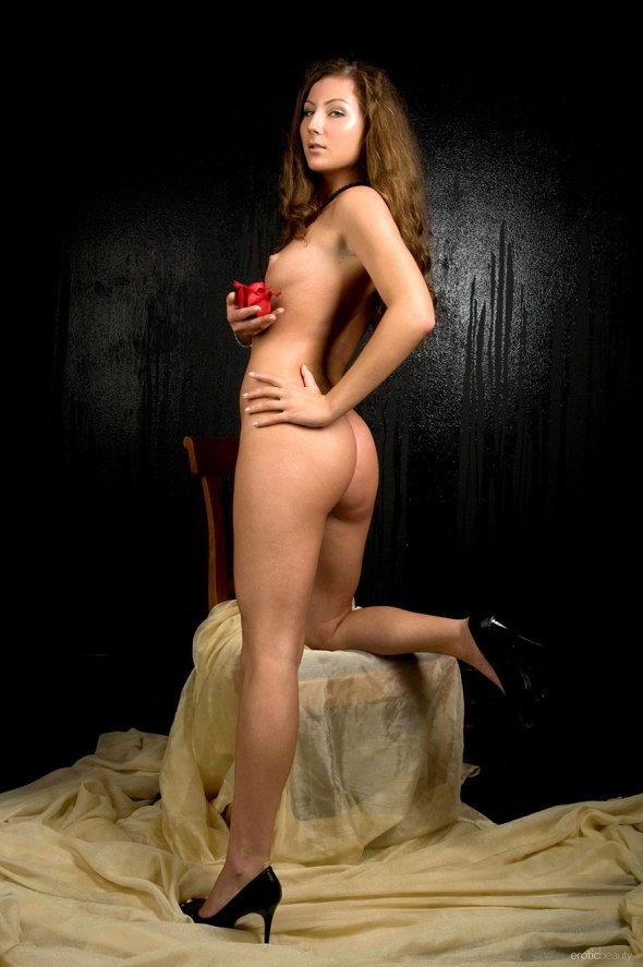 Красивые голые девушки в чулках голые девушки в колготках