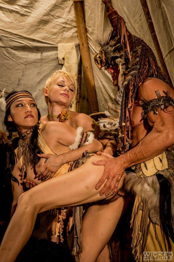 костюмированные порно фильмы с переводом
