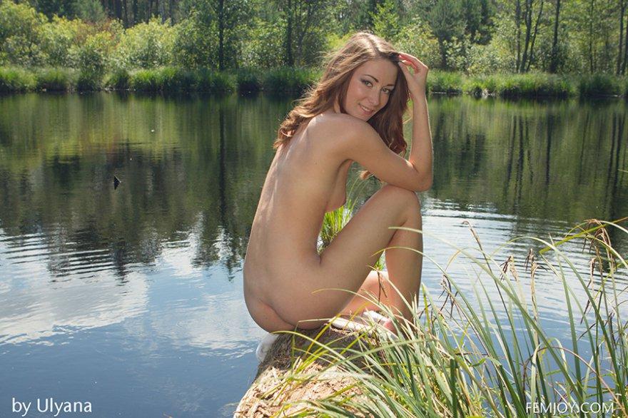 девушки эротика озера красивые у