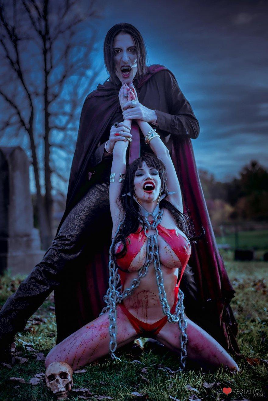с девушек картинки вампирами голых