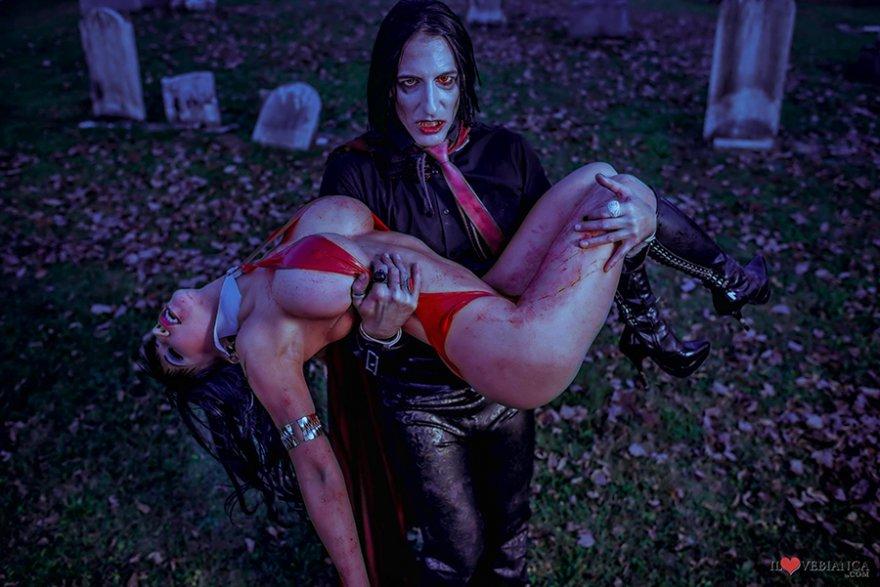 порно фильм с женщинами вампирами