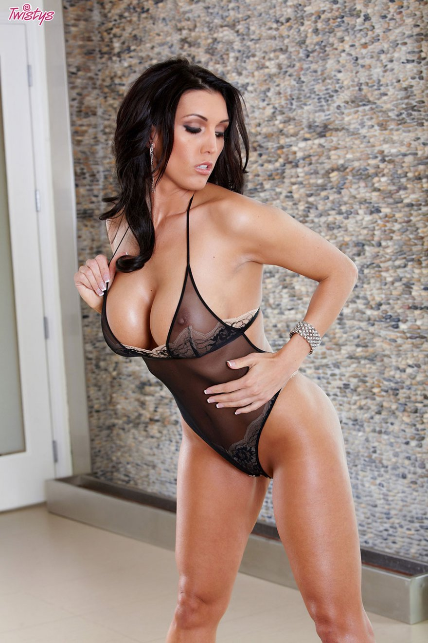Порно рейтинг порнозвезд с большой грудью