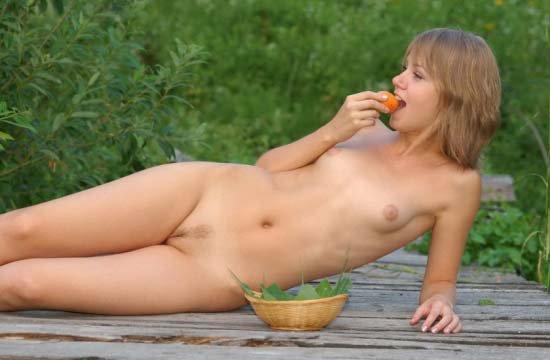 Тёлочка с абрикосами