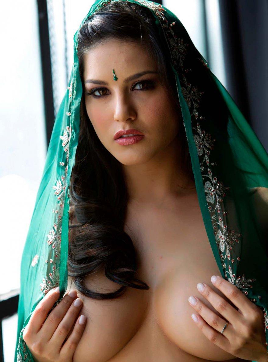 Индианка в зеленом сари
