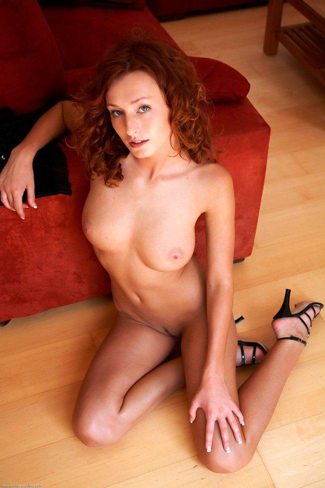 Рыжая девушка фото для взрослых