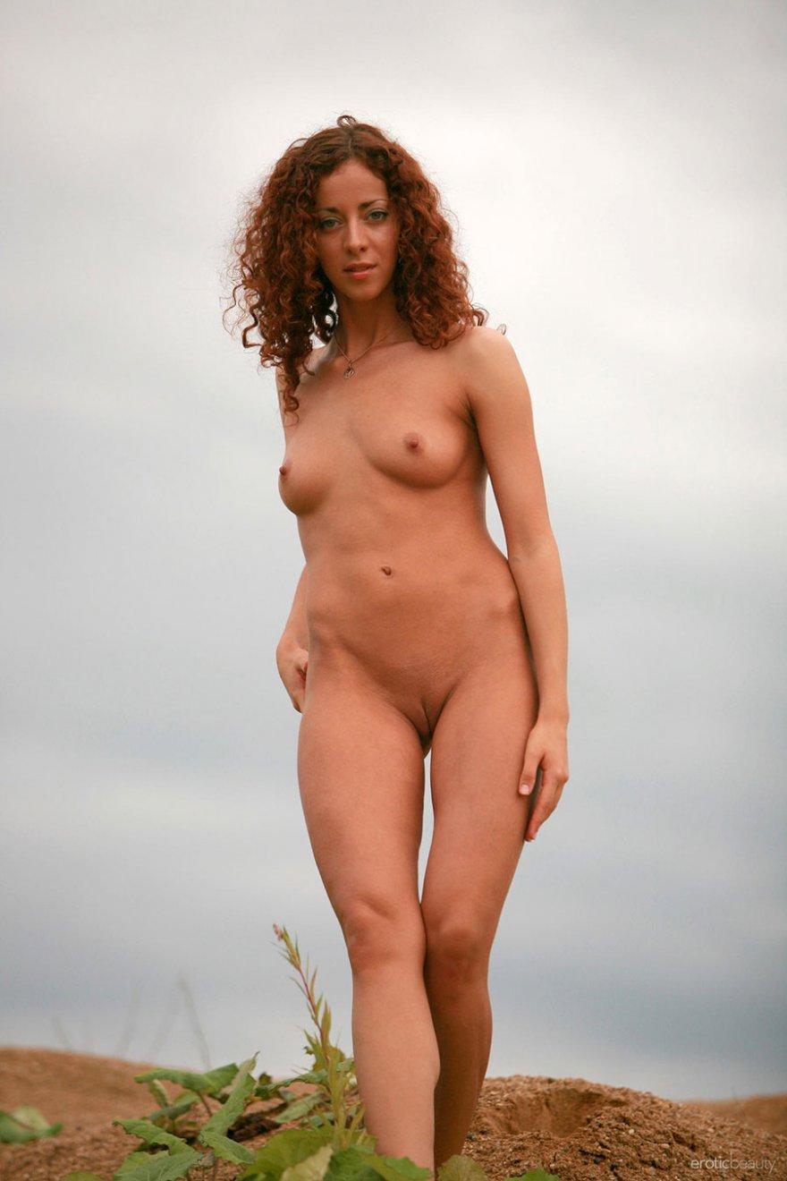 Эротика голые девочки рыжая кудрявая 24 фотография