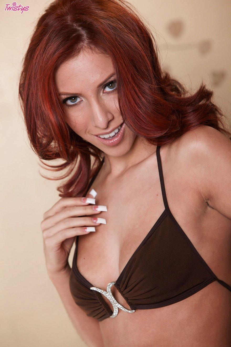 порно девушки в кружевном белье фото