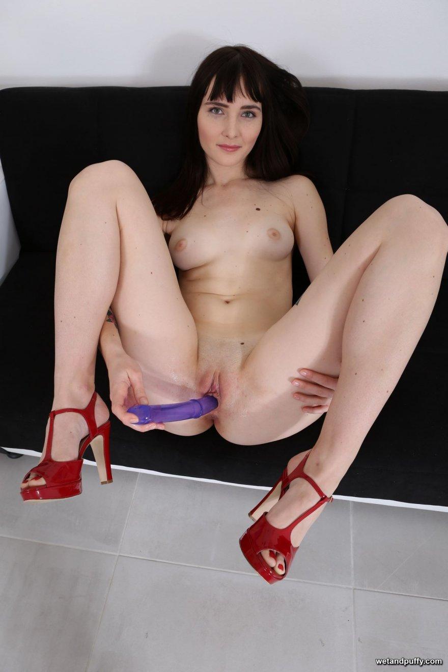 Порно онлайн туфли мастурбация
