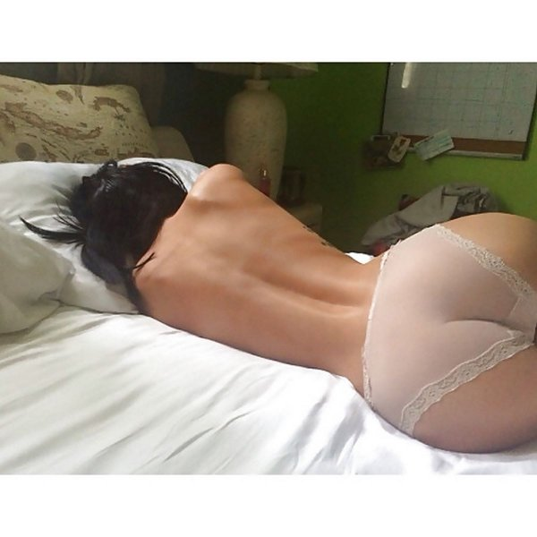 Красивые попы в трусиках - частные фото: http://www.dnvidov.ru/home-photo-nude/4801-beautiful-ass-panties.html