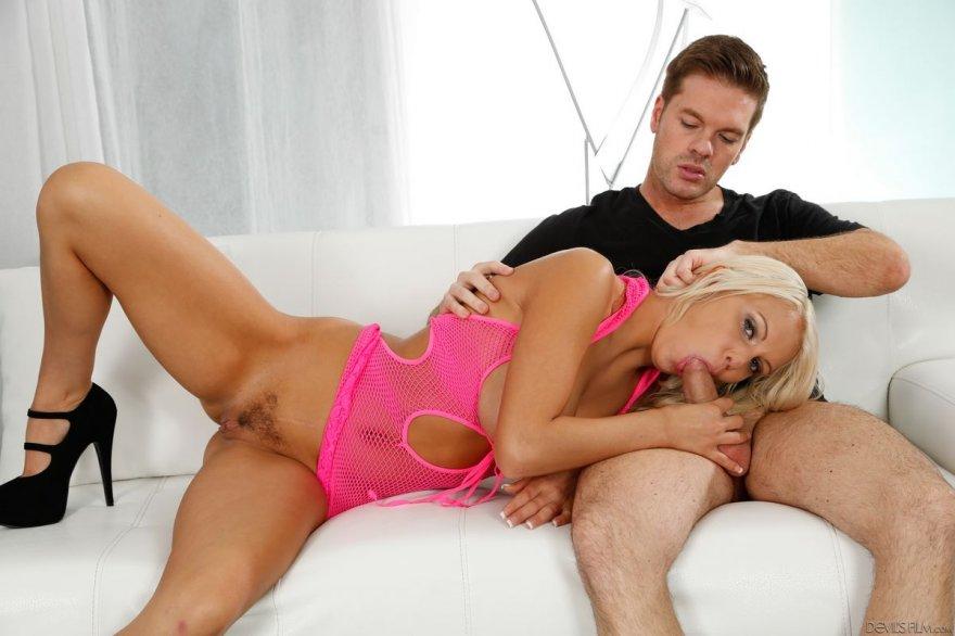 brosili-vannoy-porno-video-onlayn-grudastaya-mamochka-iznemogaet