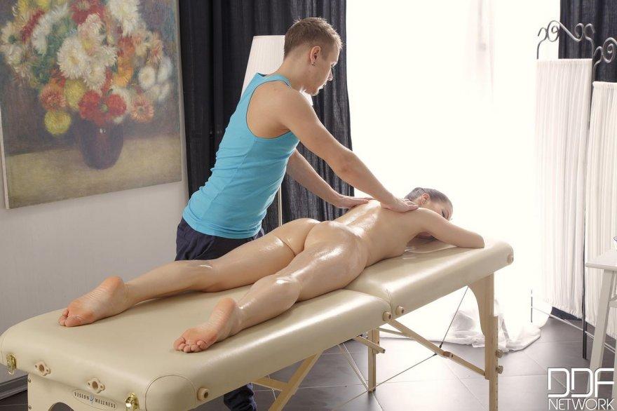 Красивые фото массажа интимное фото 735-153