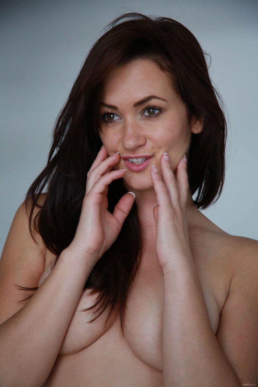 Всё выше сказанное голая женщина секс полезное сообщение