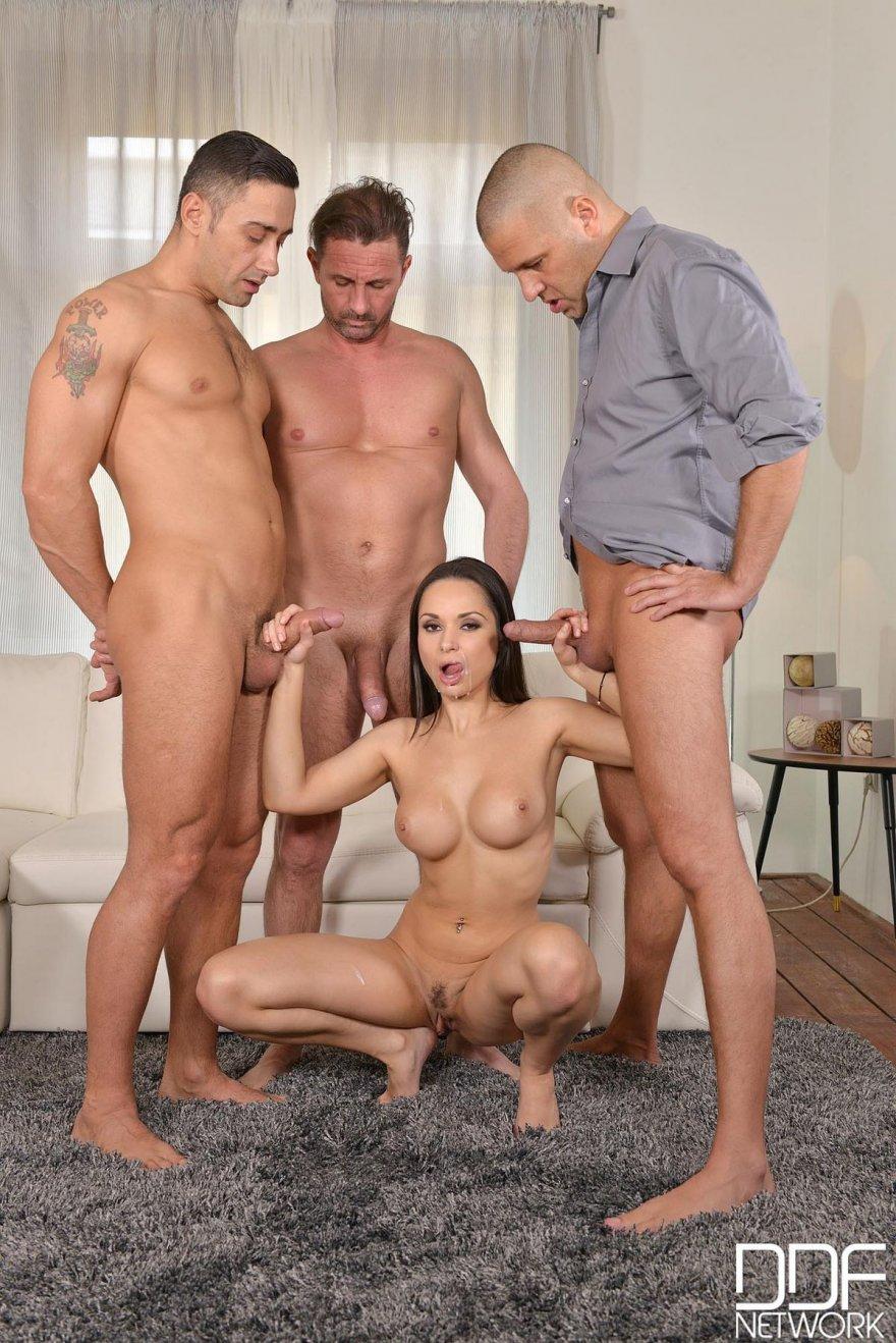 Секс 3 Парня Вместе