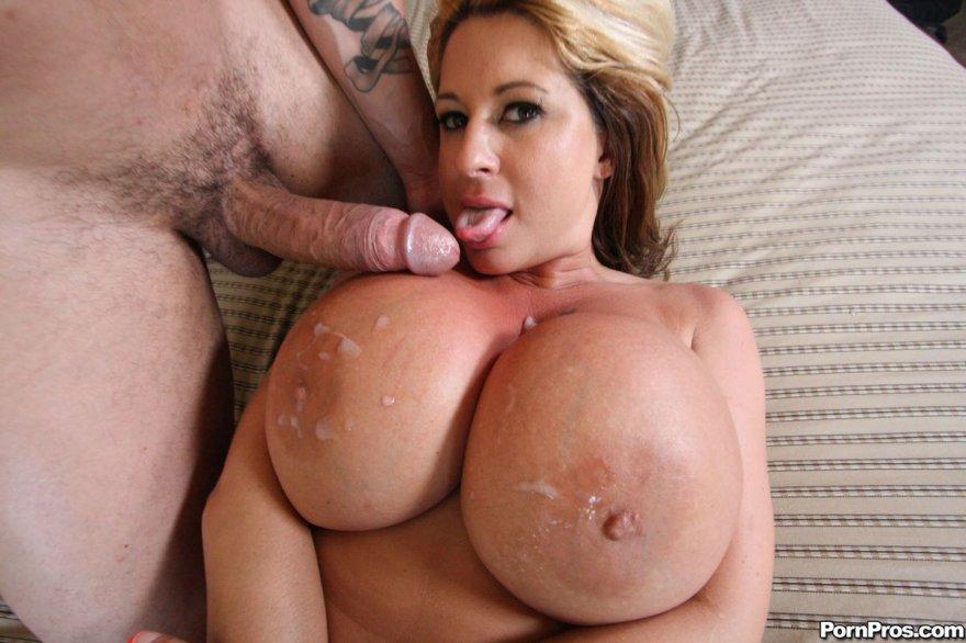 мамочек дойки видео порно большие красивых