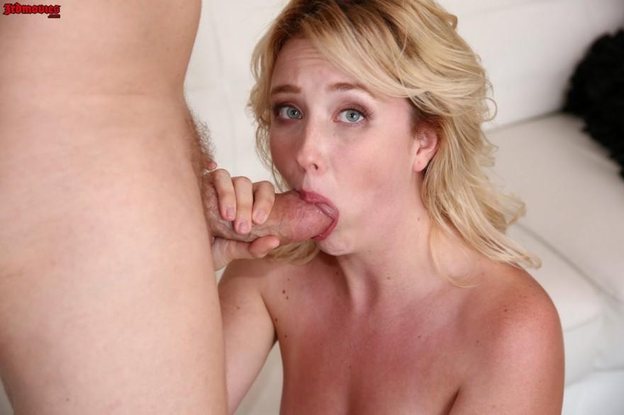 Фото оргазма зрелой блондинки