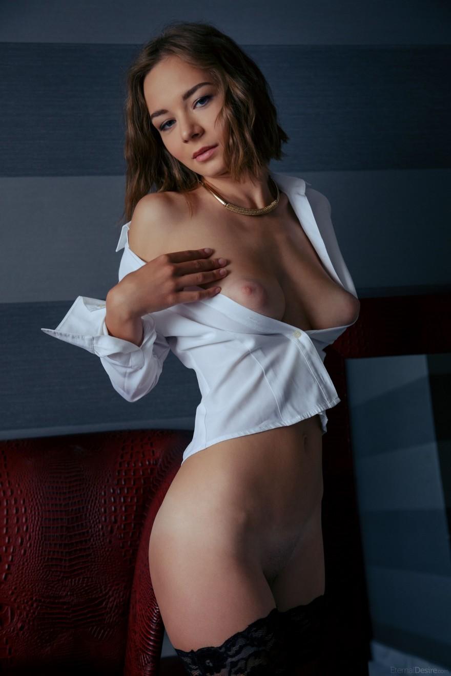 секс с чюлками и блузкой