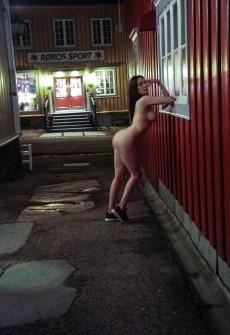 Частные позитив двух голых лесбиянок получай улице
