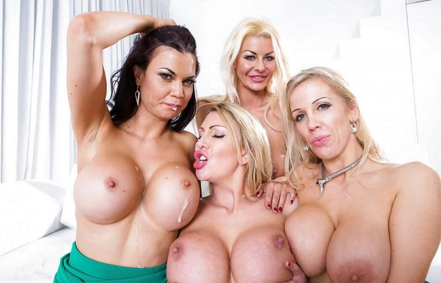 Групповой секс с четырьмя грудастыми красотками