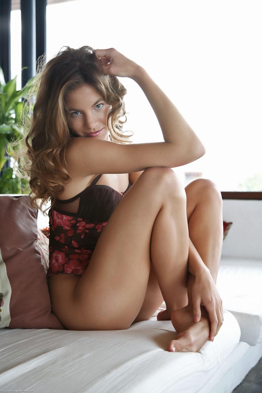 Очень красивые девушки без бикини