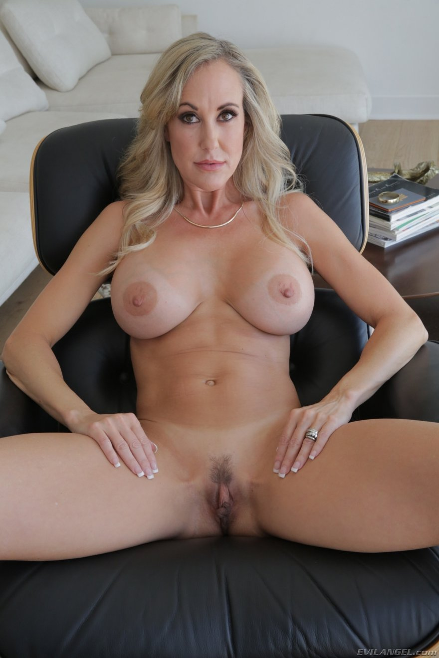 Фото голой особы женского пола с красивым голым телом