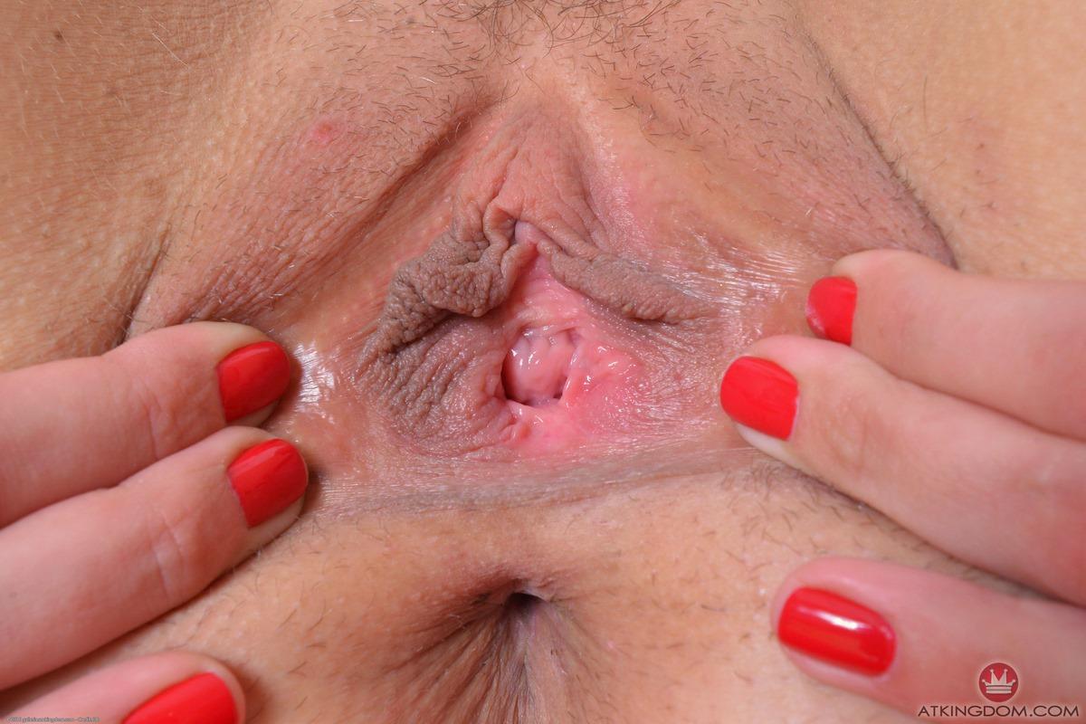 vlazhnaya-vagina-krupnim-planom