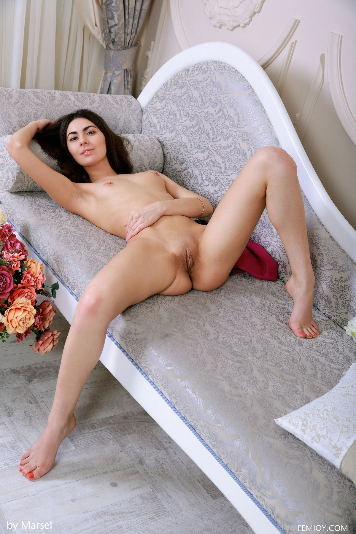 Милые изображение девки с маленьким бюстом